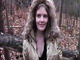 Une belle nana se fait baiser dans les bois