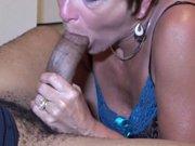 Quand une femme mature aime faire l'amour