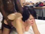 Jeune black qui baise une cougar bien…