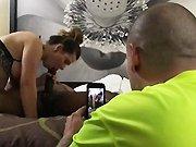 Il filme sa femme entrain de sucer…