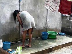 Asiatique - Une belle salope vietnamienne se tape un touriste