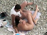 voyeur - Voyeur filme une baise coquine sur la plage